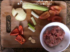 Ingredientes-Albondigas en Salsa de Tomate y Aceitunas